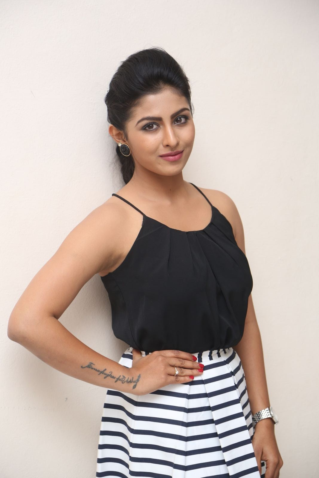kruthika jayakumar new photos-HQ-Photo-20