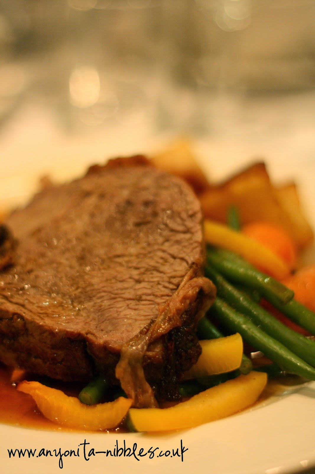Roast beef and vegetables from the Renaissance Hotel in Manchester | Anyonita-Nibbles.co.uk