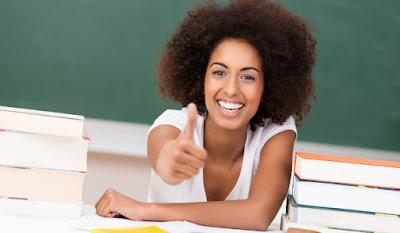 http://www.aulaplaneta.com/2014/08/26/recursos-tic/cinco-videos-sobre-docencia-para-que-empieces-el-curso-motivado/
