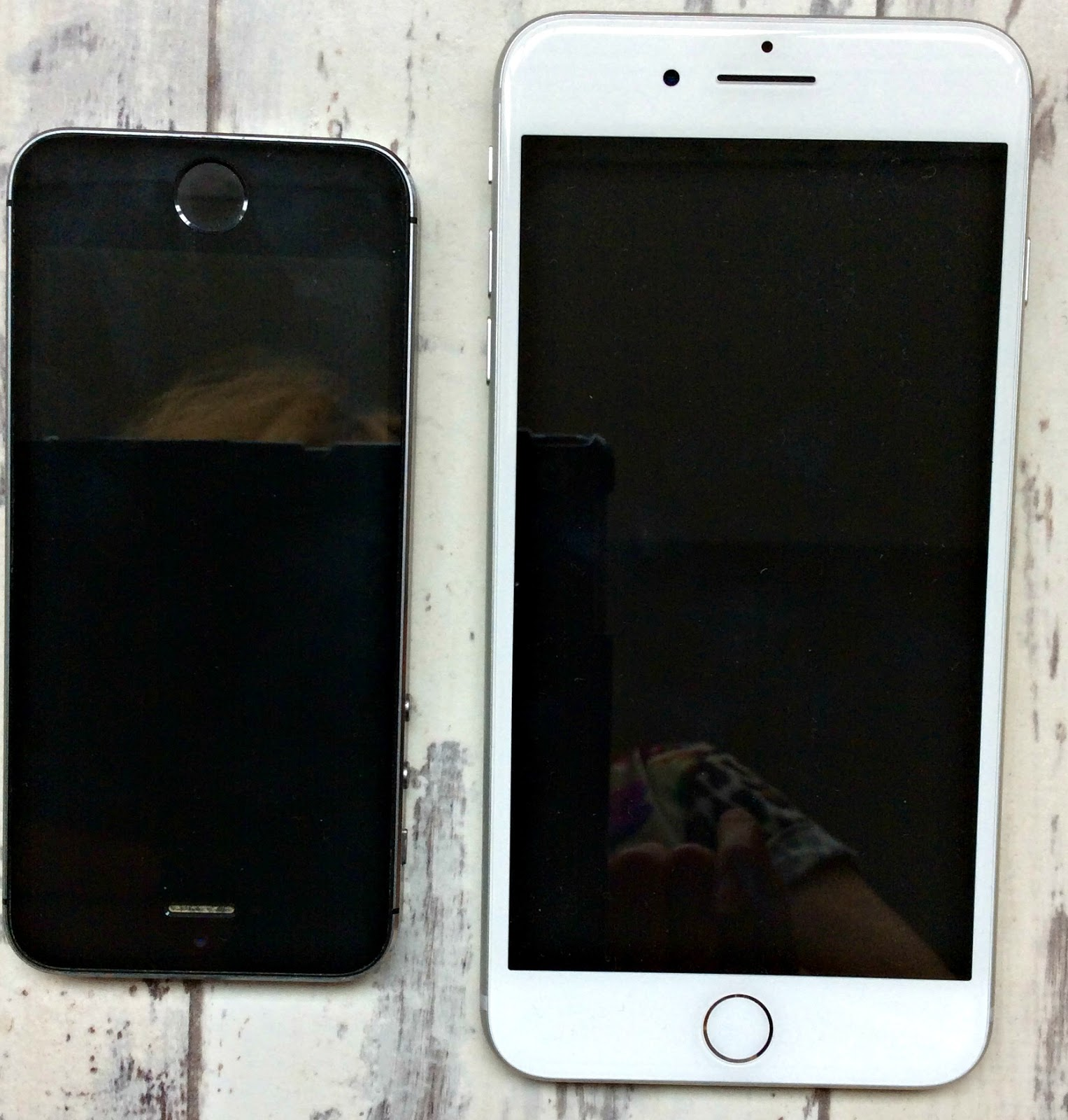The iPhone 7 Plus next to the iPhone 5s
