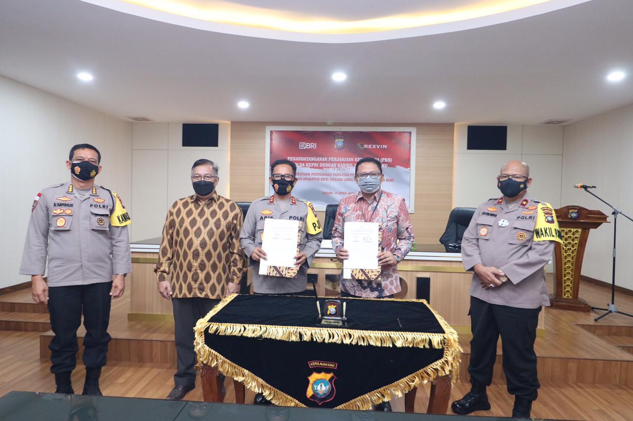 Polda Kepri Teken Kerjasama Dengan Kanwil BRI Pekanbaru Untuk Ketersedian Fasilitas Perumahan Anggota Polri dan ASN