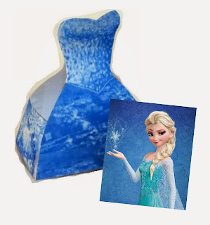 Frozen: Elsa Free Printable Dress Shaped Box.