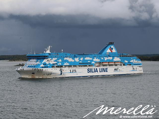 Silja Line Galaxy Tallinna - Turku Baltic Queen Tallink