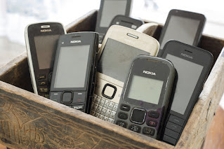 hmd-global-bringing-back-nokia-6300-nokia-8000