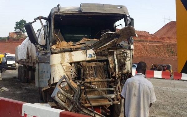 Seven escape death as trucks collide in Anambra bridge
