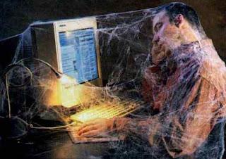 إدمان الإنترنت وآثاره الجسدية والنفسية