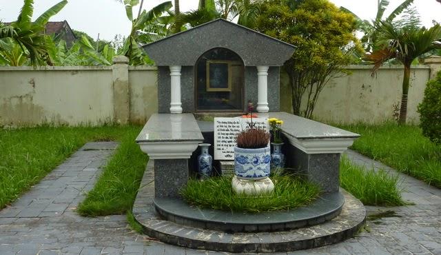 Kết quả hình ảnh cho mộ Nam Cao