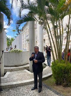 Com honras  de chefe de estado, Paulino é empossado Secretário Chefe de Governo da Paraiba