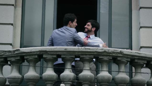 Adrián y Julián, 5