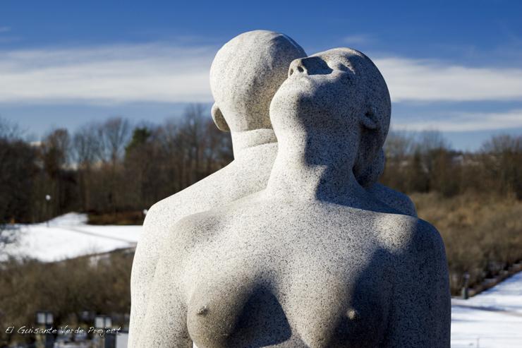Esculturas de Gustav Vigeland, invierno en Oslo por El Guisante Verde Project