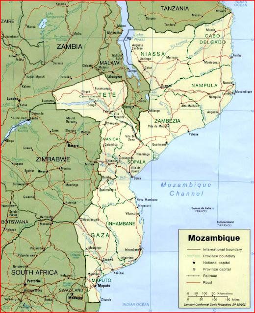 Gambar Peta politik Mozambik 1995
