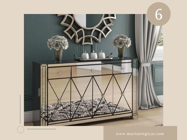 Gunakan Furnitur Cermin pada Desain Ruang Tamu Minimalis Ukuran 3x4