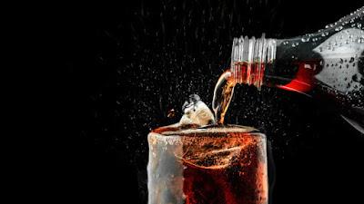 5 Tips Terbaik Untuk Mengurangi Asupan Soda