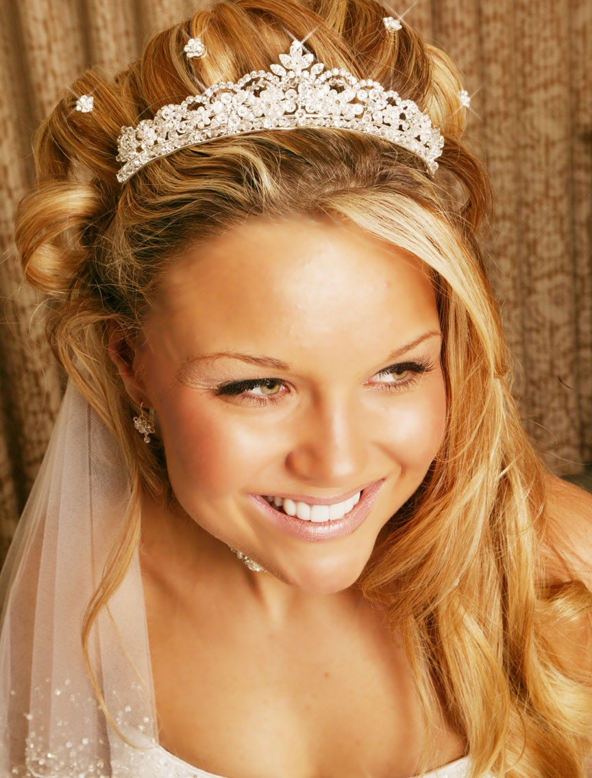Awesome Beauty By Jessy Wedding Hairstyles With Tiara Short Hairstyles Gunalazisus