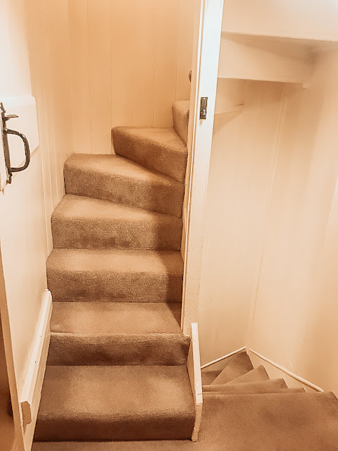 Mariner's Cottage Whitby winding staircase to attic