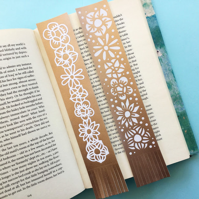 Make your own bookmarks with Silhouette Leatherette and a FREE file from the SilhouetteUK Blog. Designed by Janet Packer (CraftingQuine) for the Silhouette UK Blog.