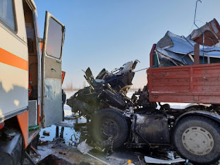В Новом Уренгое при столкновении двух автобусов пострадали вахтовики из Башкирии Видео