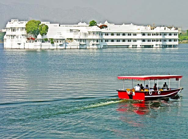 The Taj Lake Palace is amongst the highly idealistic last stop hotels in the world. On the lake Pichola, the Palace floats like a lovely white ship providing all sides panoramas of the surrounds.
