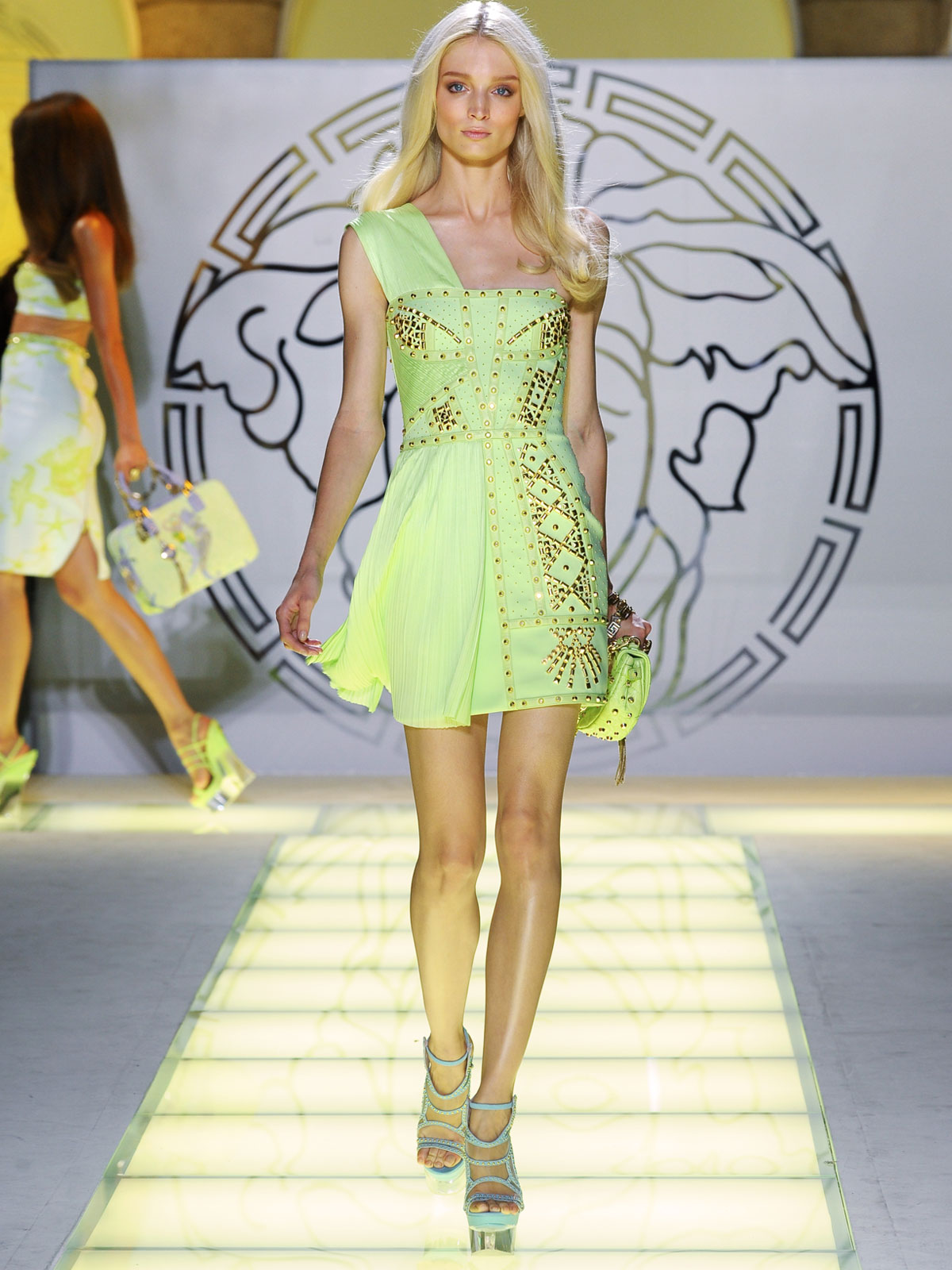 Summer 2012 Nail Art Ideas: Versace -Spring Summer 2012 Ready-To-Wear Collection