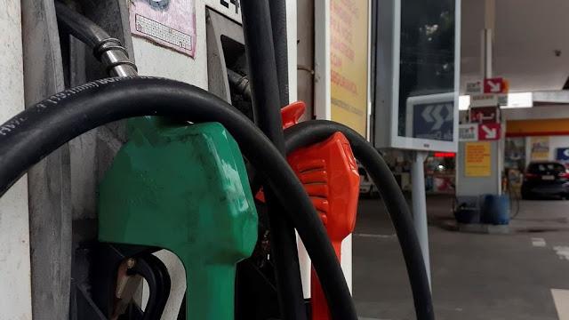 Bolsonaro pretende apresentar nesta sexta-feira PL que altera ICMS sobre combustíveis