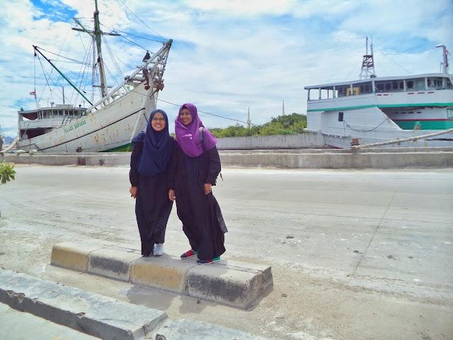 jalan ke pelabuhan sunda kelapa