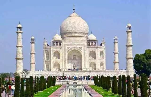 Taj-Mahal-Information-in-Marathi