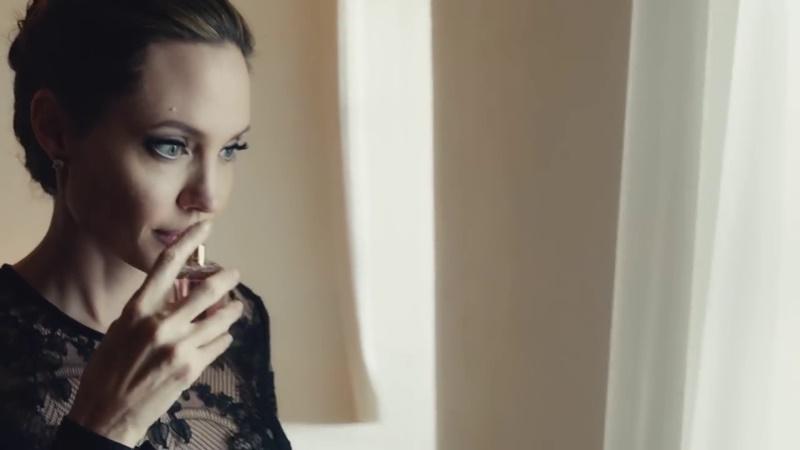 nuova pubblicità del profumo angelina jolie