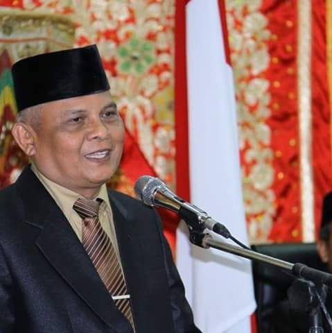 Ketua MUI Kota Padang Prof. Dr. H. Duski Samad, M.Ag