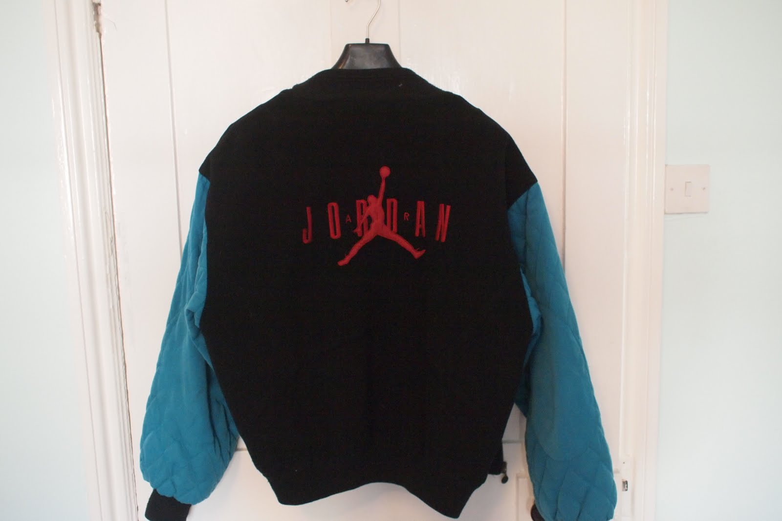 Papas Vintage: Nike Air Jordan Varsity Jacket