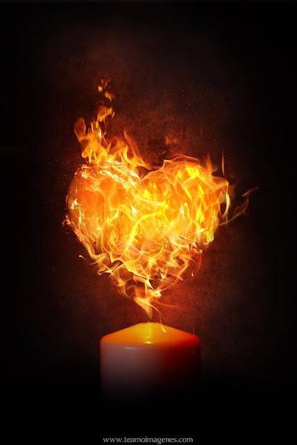 Fondos de pantalla de corazones en llamas