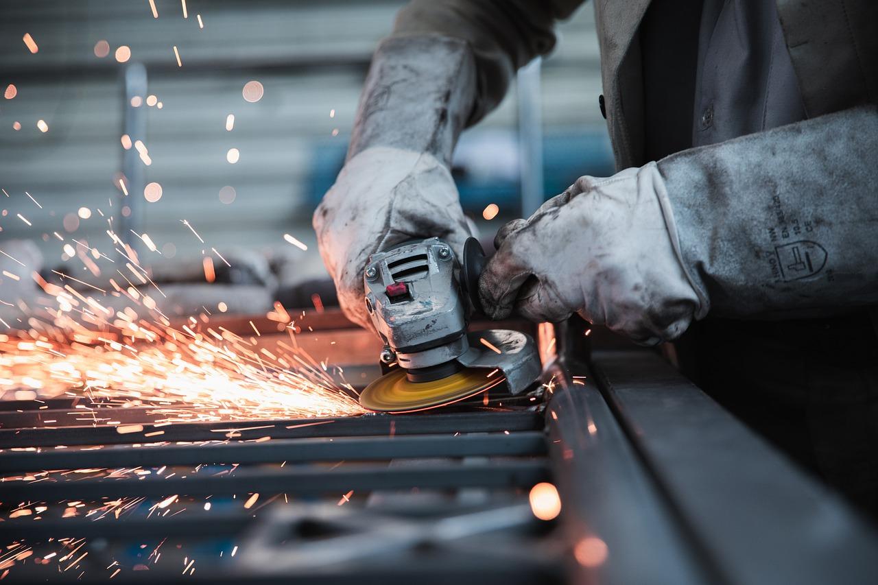 Produção industrial cai 1,3% em julho e volta a ficar abaixo do patamar pré-pandemia