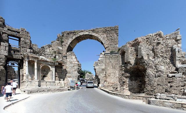 الجولة السياحية رقم 7 في شرق انطاليا مدينة سيدا ومنافغات, طبيعة واثار, استئجار سيارة مع سائق في انطاليا,