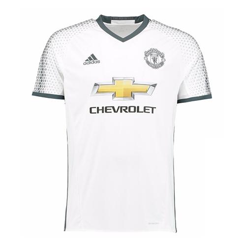 La camisa es un guiño a la segunda equipación del United para la temporada  2015/16. Blanca, que cuenta con un patrón de panal de desvanecimiento a  través de ...