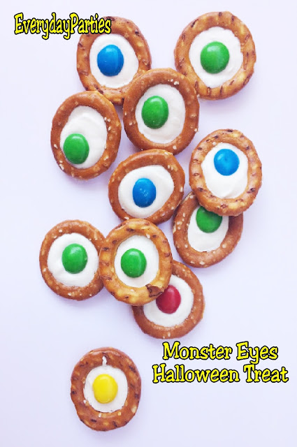 halloween treat pretzels