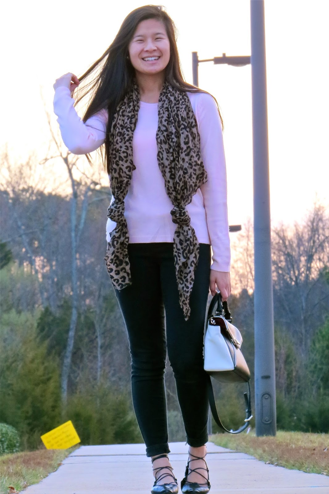 Leopard_and_pink_outfit