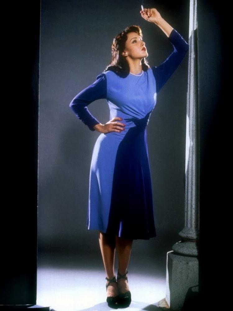 Lyrics to lady in a blue dress