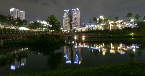 台中秋紅谷景觀生態公園、台中國家歌劇院