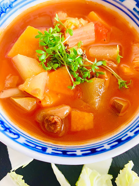 Gemüse Eintopf, Rezept, glutenfrei, vegan, Süßkartoffel, Chinakohl, süß, scharf, würzig, Suppe