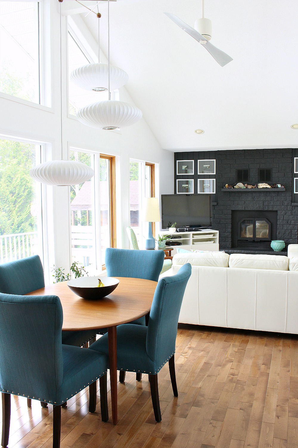 Canadian Lake House Living Room Tour