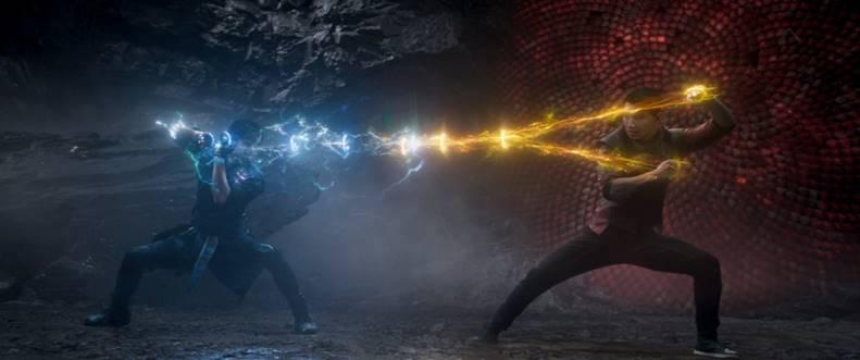 """""""Shang-Chi e a Lenda dos Dez Anéis"""": Novo filme da Marvel já foi visto por 1.2 milhão de pessoas no Brasil!"""