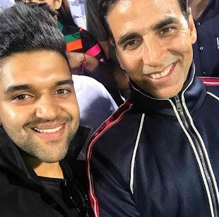 guru randhawa and akshay kumar