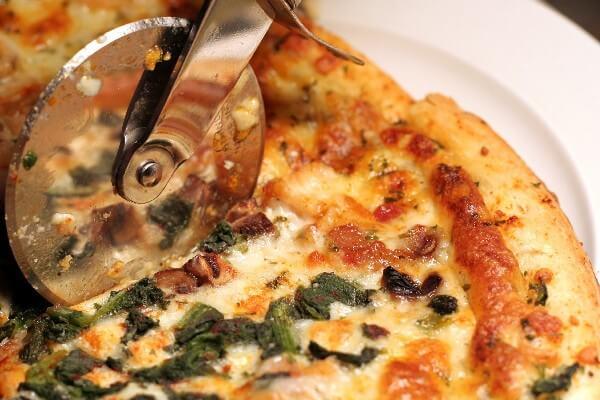 Low Calorie Mushroom Pizza