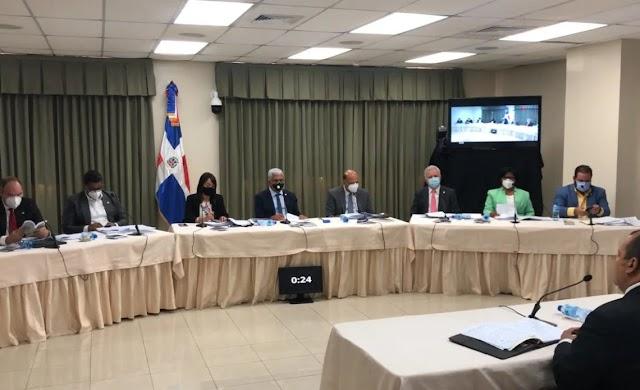 Comisión evaluadora del Senado inicia entrevistas con 25 aspirantes a la JCE