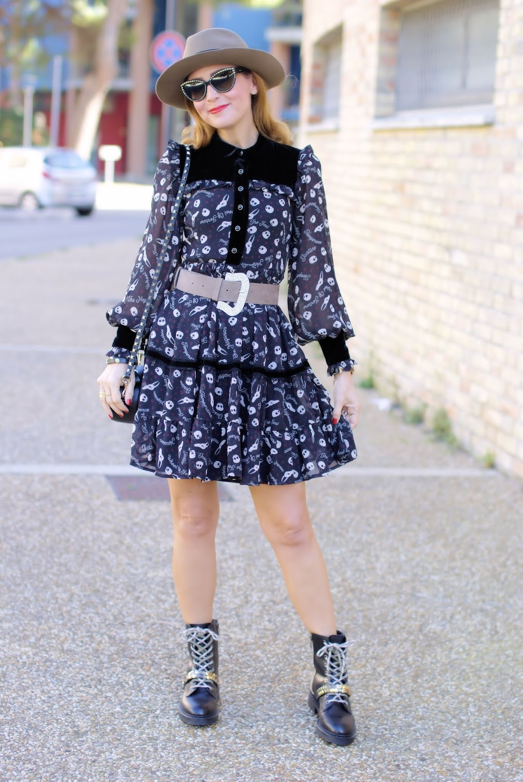 Maggie Sweet dress, Barracuda boots on Fashion and Cookies fashion blog, fashion blogger style