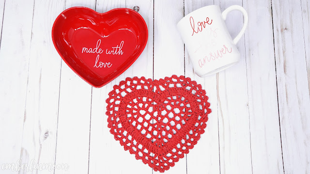 Opalhouse | Heart Bowl, Stoneware Mug, and Crocheted Trivet