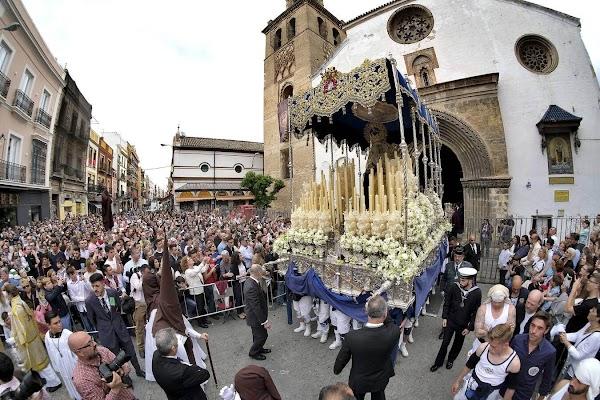 La Virgen del Carmen no saldrá en procesión extraordinaria por Sevilla