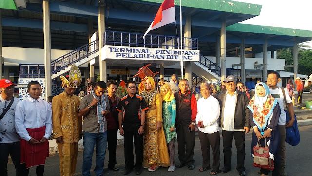 Kontingen Pertama Peserta KSM Asal Provinsi Maluku Utara Tiba di Pelabuhan Bitung