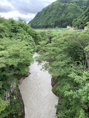 黄門橋から見た手取峡谷