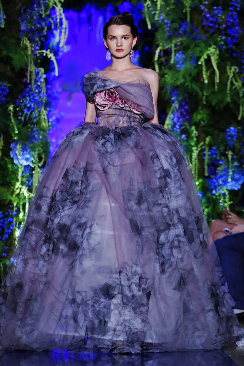 New season fw18 guo pei haute couture paris for Modern haute couture