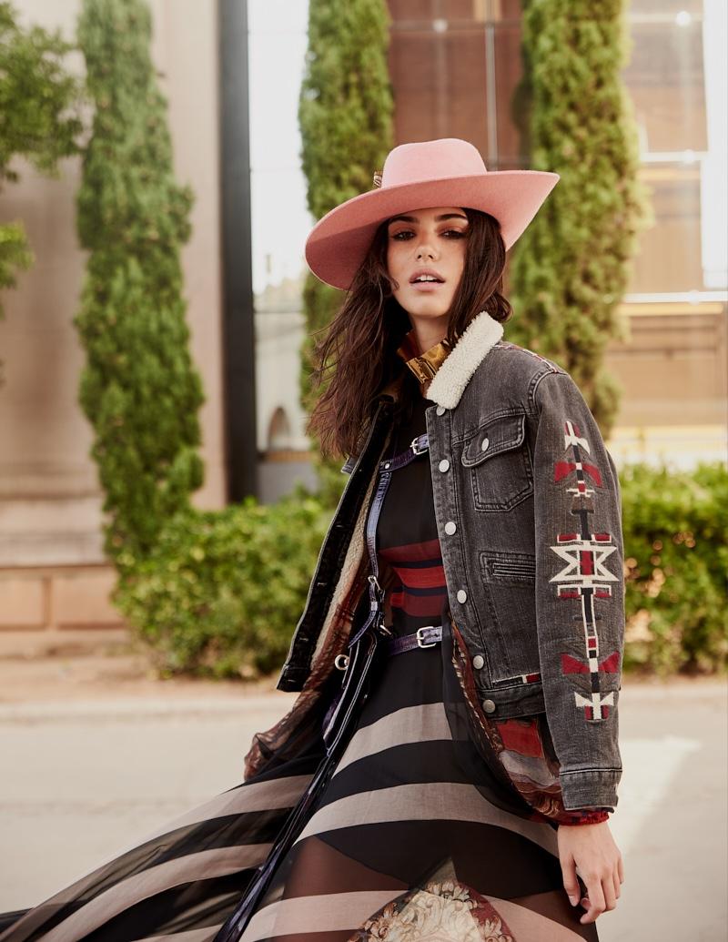 Kaya Dukic wears boho styles for Cosmopolitan Turkey March 2020